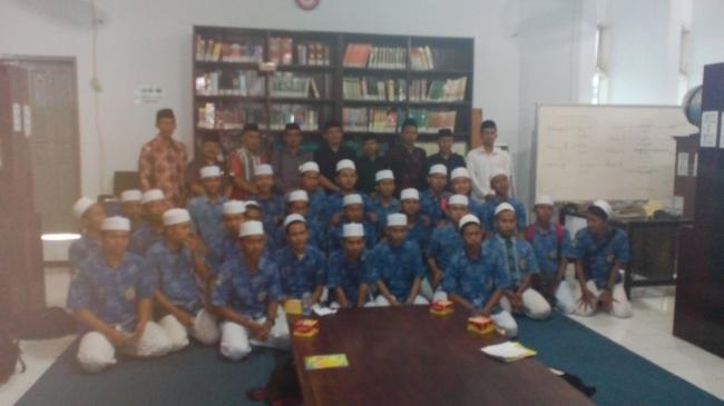 STAIMA Al-Hikam Malang kedatangan Siswa Pesantren Zainul Hasan Genggong