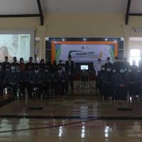 Penutupan PKKMB, Bu Nyai Hj. Mutammimah Hasyim : Mahasiswa Harus Menjadi Generasi Berkarakter